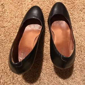 Clarks wedge pumps